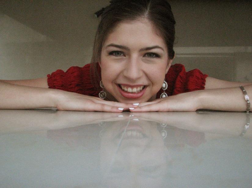 Natalia Gutiérrez, handmade earrings www.lindifique.com