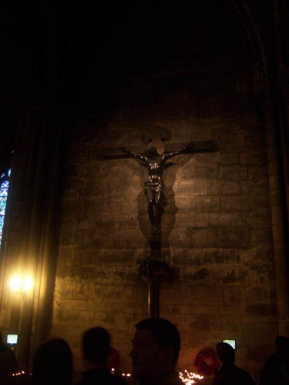 Notre Dame de Paris. Cristo. La necesidad de un templo
